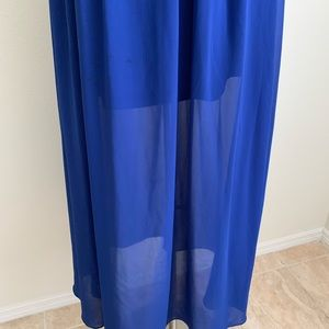Romeo & Juliet Couture Dresses - AS IS Romeo + Juliet Couture Blue Maxi Dress
